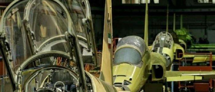 """إيران تفتتح خط إنتاج المقاتلة """"كوثر"""" بحضور وزير الدفاع"""