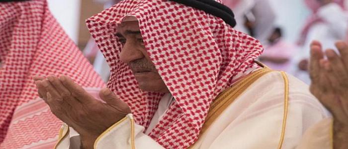 أمير سعودي من الجيل الأول يفتتح جامعا يحمل اسم والدته اليمنية