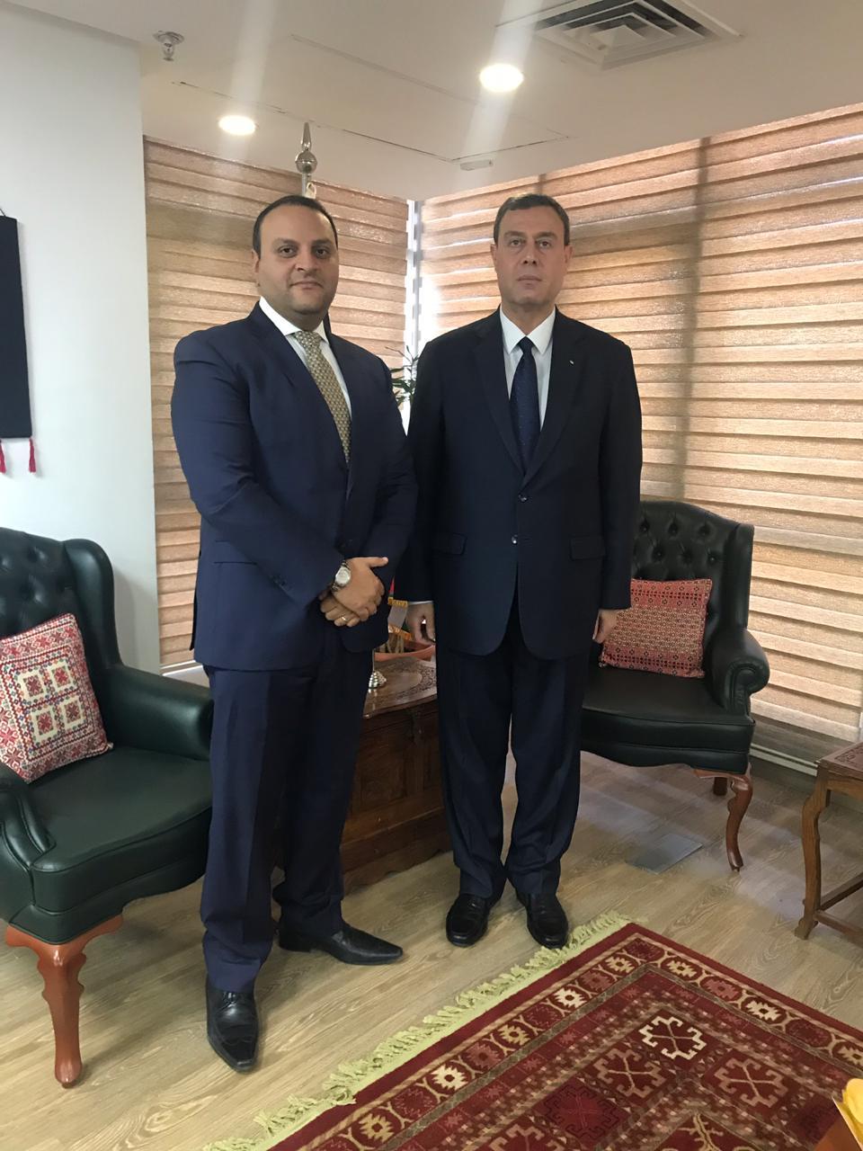 أمين الرئاسة وسفير فلسطين