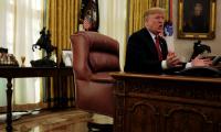ترامب ينفذ تهديده.. فرض عقوبات على مسؤولين أتراك، وطالب بوقف إطلاق النار في سوريا