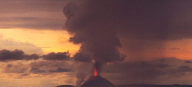 168 قتيلا ومئات الجرحى في تسونامي أندونيسيا
