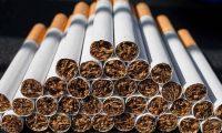 """النظام الإيراني """"يتاجر"""" بالسجائر بحثاً عن المال"""