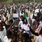 احتجاجات السودان لليوم الخامس في وسط البلاد وهدوء في الخرطوم
