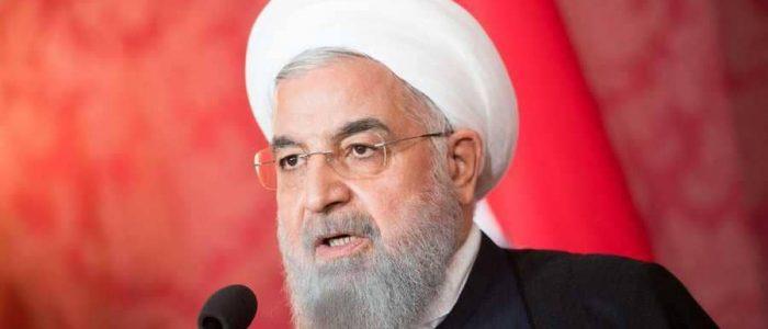 حسن روحاني يلوح بإجراء استفتاء بشأن الملف النووي الإيراني