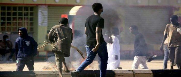 """المعارضة السودانية تعلن """"الزحف الأكبر"""" على القصر الرئاسي"""