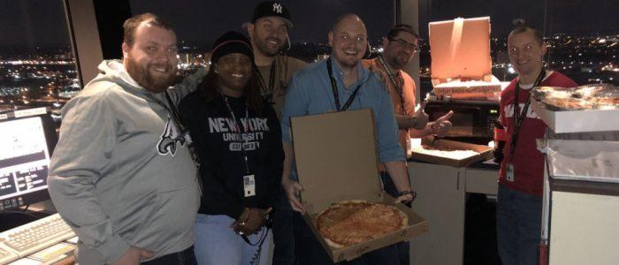 10 آلاف موظف أمريكي يتلقون «البيتزا» كإعانة بسبب الإغلاق الحكومي