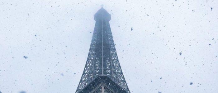 برج إيفل يغلق أبوابه أمام الزوار بسبب تساقط الثلوج في باريس