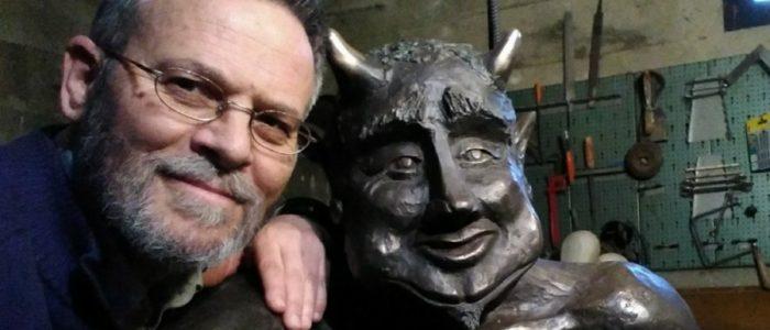 تمثال الشيطان يثير انقساماً في إسبانيا