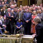 الاتحاد الأوروبي يحث تيريزا ماي علي وضع خطة في غصون 24 ساعة