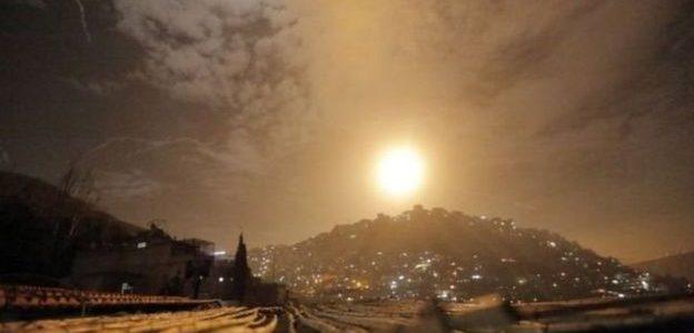 إسرائيل تقصف أهداف إيرانية في سوريا