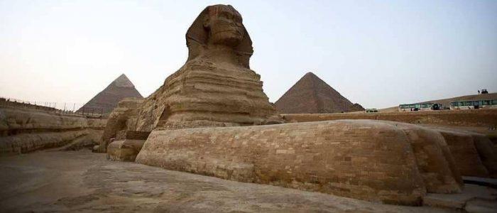 التايمز: حجر خوفو  قلب خلاف بين مصر واسكتلندا