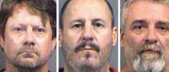 مؤامرة تفجير مسجد وقتل العشرات تقود 3 أمريكيين للسجن