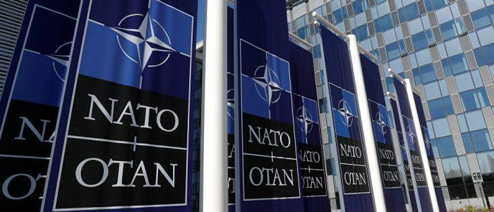 الناتو يرد علي تهديدات بوتين