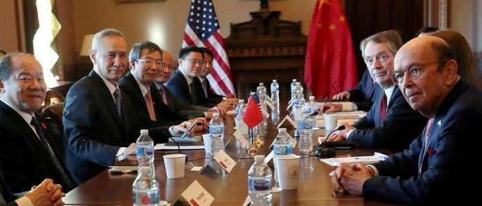 الصين والولايات المتحدة تستأنفان مفاوضاتهما التجارية