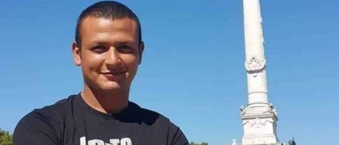 تشييع جثمان الطيار المصري الذي وجه أول ضربة لداعش بليبيا