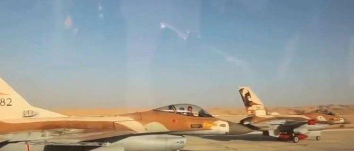 انزلاق طائرة إسرائيلية في حفرة بقاعدة جوية للجيش