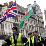 ظهور السترات الصفراء في لندن احتجاجاً علي خطط التقشف الحكومية