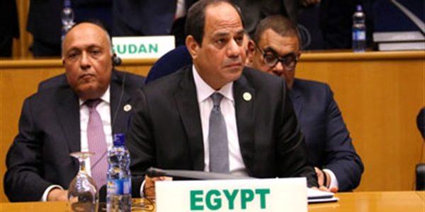 السيسى يستقبل رئيس المجلس الأوروبي دونالد توسك فى شرم الشيخ