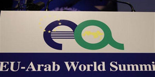 وفود القمة العربية الأوروبية تشيد بمكانة مصر المتميزة دوليا وإقليميا