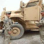 مباحثات سرية بين توفيق علاوي وسفير واشنطن بخصوص قوات أمريكا في العراق