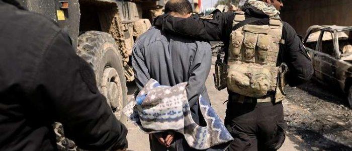 """المخابرات العراقية تعتقل 13 فرنسيا ينتمون لـ""""داعش"""" في عملية داخل سوريا"""