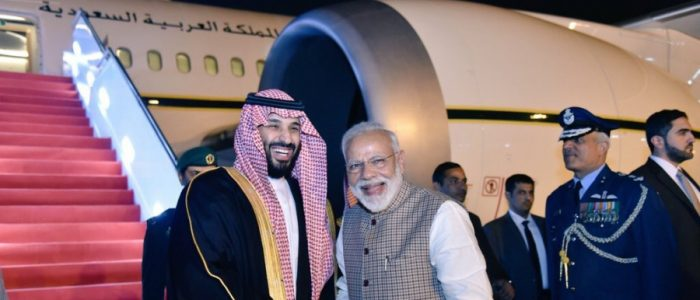 رئيس الوزراء الهندي يكسر البروتوكول من أجل محمد بن سلمان