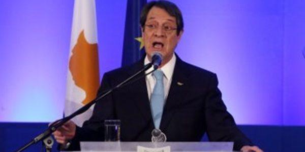 الرئيس القبرصى يصل إلى شرم الشيخ للمشاركة فى القمة العربية ـ الأوروبية