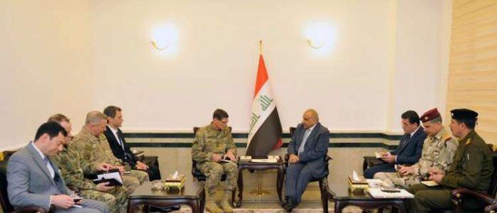 عبد المهدي يستقبل قائد القيادة المركزية الأمريكية