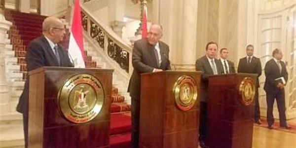 قمة مصرية جزائرية تونسية حول ليبيا