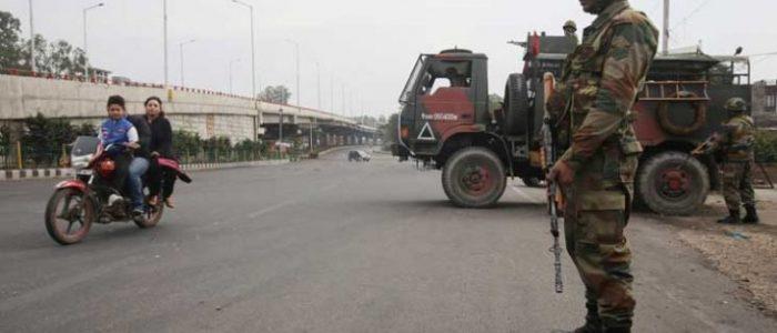 مقتل أربعة جنود هنود في اشتباك مع مسلحين كشميريين