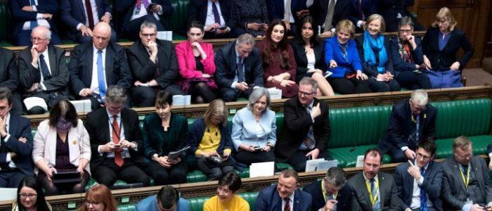 استقالة ثلاث نائبات من حزب المحافظين بسبب بريكست
