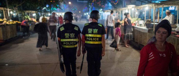 الصين تراقب ملايين المسلمين بالحمض النووي وخبراء أمريكيون ساعدوها