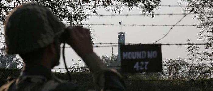تبادل إطلاق النار بين الهند وباكستان في كشمير