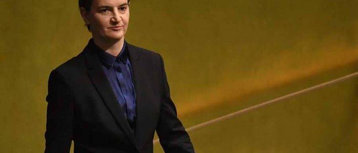 صديقة رئيسة وزراء صربيا تنجب طفلا