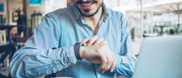 فوائد اقتنائك ساعة ذكية