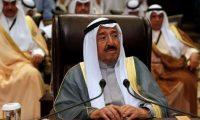أمير الكويت يدعو للالتزام بالتعليمات الصحية والبقاء بالمنازل