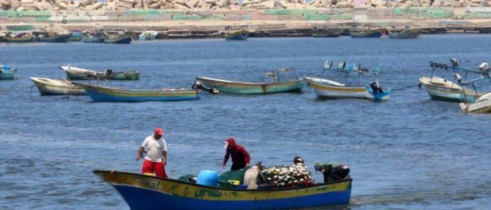 بحرية الاحتلال تعتقل 4 صيادين فلسطينيين من قطاع غزة