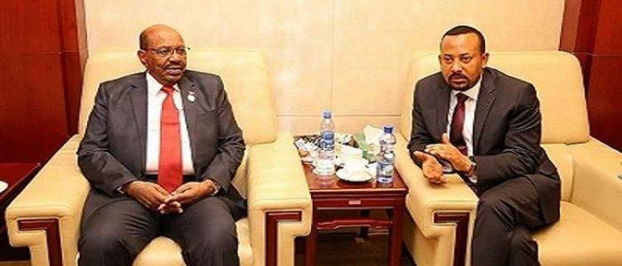 """عمر البشير وأبي أحمد يبحثان تشكيل """"قوات مشتركة لحماية الحدود"""" بين السودان وإثيوبيا"""