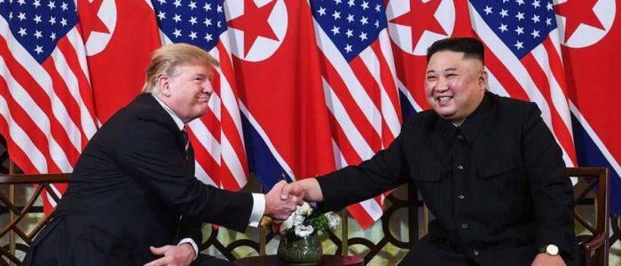 مؤتمر صحفي للرئيس الأمريكي دونالد ترامب في ختام قمته مع كيم جونج أون في هانوي