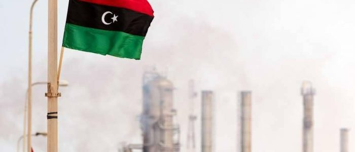 لوموند: السياسة المضطربة لفرنسا في ليبيا