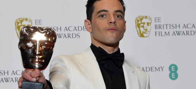 رامي مالك يتألق مجدداً في حفل جوائز البافتا البريطاني