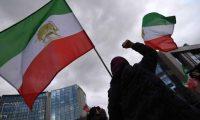 بلومبرج: آلاف الإيرانيين يفقدون المساعدات الحكومية