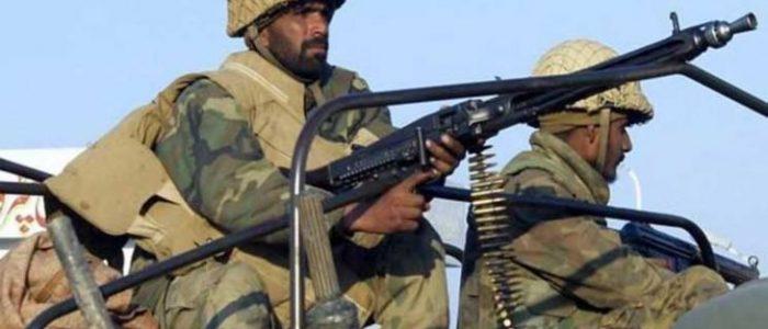 مقتل ستة جنود باكستانيين في هجومين قرب الحدود الإيرانية