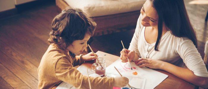 10 خطوات تساعد طفلك على انتهاج التفكير الإيجابي في حياته
