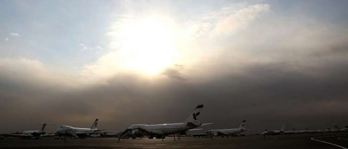 اشتعال نيران في طائرة بمطار طهران