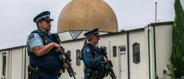 نحو 170 نيوزيلندى يسلمون أسلحتهم إلى الحكومة بمقابل مادى
