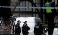 بريطانيا توجه تهمة الإرهاب لشاب احتجزته السلطات بعد وصوله من تركيا