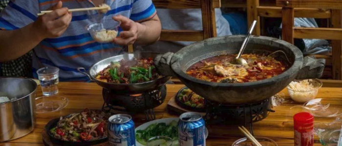 الصينيون أكلوا بـ636 مليار دولار في 2018
