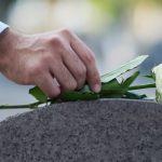 قانون أمريكي جديد لتحويل البشر بعد الموت إلى سماد