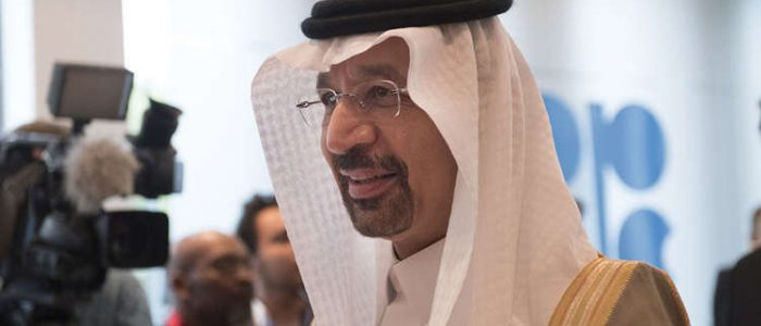 """الفالح: السعودية تنوي إبقاء إنتاج النفط في حدود تخفيضات """"أوبك"""""""
